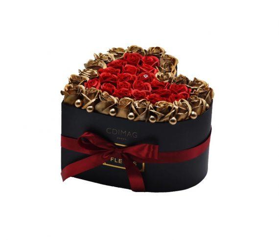 Cutie de Lux cu 40 trandafiri de sapun,Hand Made by CDIMAG