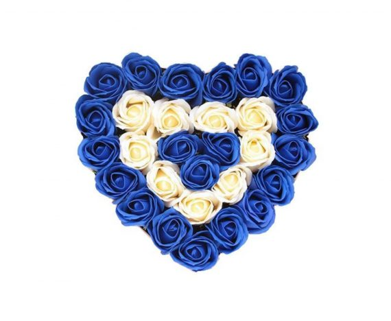 Aranjament floral cu trandafiri , 30 cm
