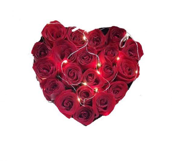 Set cadou cu trandafiri sapun, Floare de Colt conservata-22