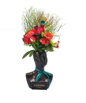Vaza Venus decorata cu flori artificiale-01