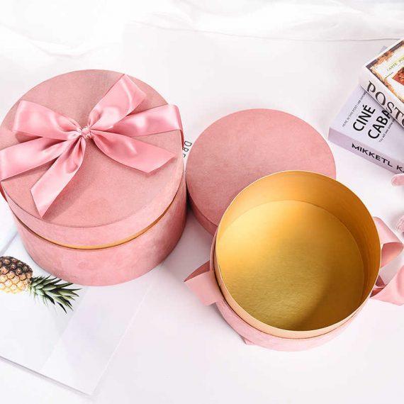 roz-velvet-bow